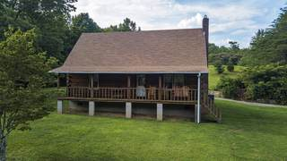 MLS# 2274277 - 8004 Charlotte Pike in none in Nashville Tennessee 37221