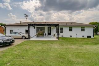 MLS# 2278975 - 1213 Shawnee Rd in Sequoia Valley in Madison Tennessee 37115
