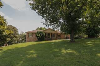 MLS# 2279653 - 5712 Cloverland Pl in Cloverland Acres in Brentwood Tennessee 37027