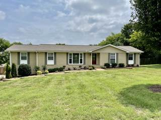 MLS# 2279814 - 2205 Marsha Dr in North Hill Estates in Madison Tennessee 37115