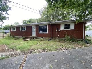 MLS# 2280420 - 908 N Graycroft Ave in primrose acres in Madison Tennessee 37115