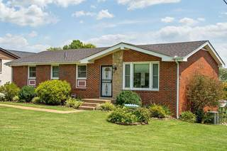 MLS# 2282234 - 2706 Fortland Dr in Fortland Park in Nashville Tennessee 37206
