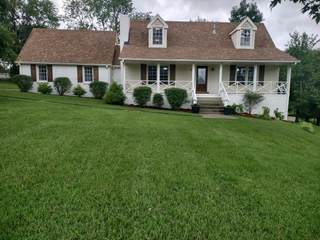 MLS# 2283683 - 104 Dorr Dr in Connell Estates in Goodlettsville Tennessee 37072
