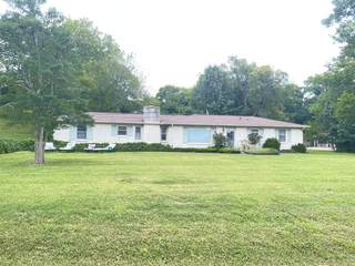 MLS# 2286166 - 425 Hollydale Dr in Hill-N-Dale Acres in Nashville Tennessee 37217