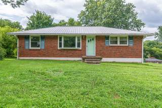 MLS# 2286883 - 2429 Dundee Ln in Sunset View in Nashville Tennessee 37214