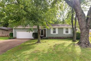 MLS# 2289009 - 633 Mercer Dr in Highlands Of Tulip Grove in Hermitage Tennessee 37076