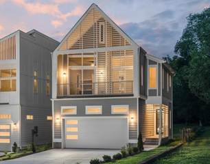 MLS# 2289048 - 921 Youngs Ln in 921 Youngs Lane in Nashville Tennessee 37207