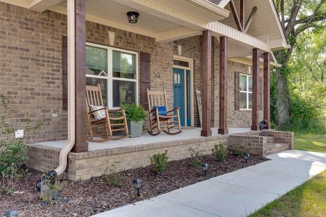 744 Brookside Dr, Lewisburg, TN 37091 (MLS #RTC2258910) :: Candice M. Van Bibber | RE/MAX Fine Homes
