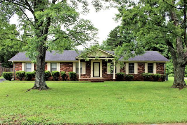 2410 Hillmont Dr, Murfreesboro, TN 37129 (MLS #1839602) :: EXIT Realty Bob Lamb & Associates