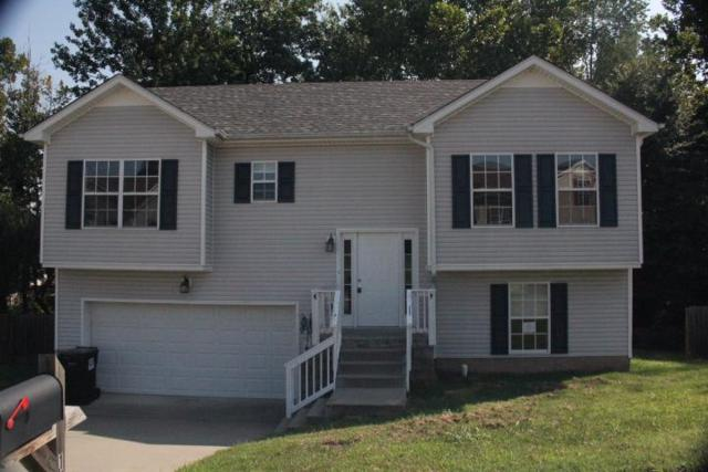 1648 Broad Cir, Clarksville, TN 37042 (MLS #1856952) :: DeSelms Real Estate