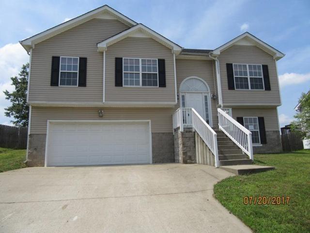 1637 Broad Cir, Clarksville, TN 37042 (MLS #1857134) :: DeSelms Real Estate
