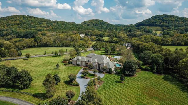 2460 Hidden River Ln, Franklin, TN 37069 (MLS #1868732) :: NashvilleOnTheMove | Benchmark Realty