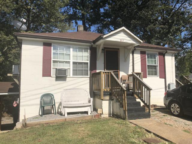 917 Woodland St, Clarksville, TN 37040 (MLS #1869459) :: EXIT Realty Bob Lamb & Associates