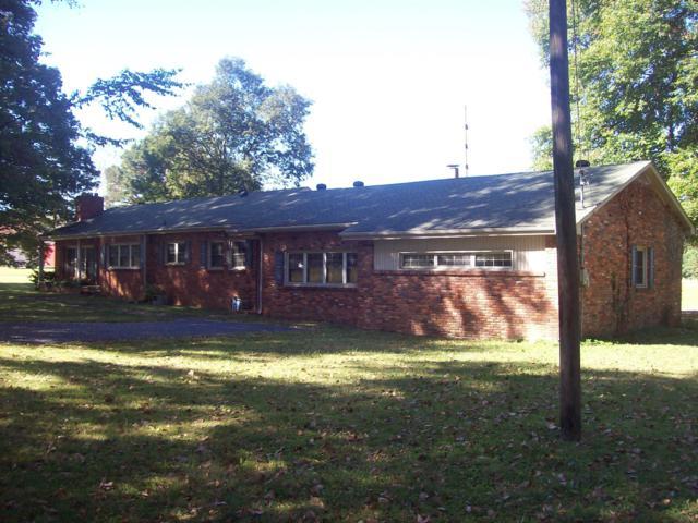 703 Ellington Dr, Lafayette, TN 37083 (MLS #1870032) :: NashvilleOnTheMove   Benchmark Realty