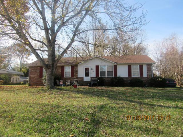 2425 Pendleton Dr, Clarksville, TN 37042 (MLS #1882347) :: Ashley Claire Real Estate - Benchmark Realty