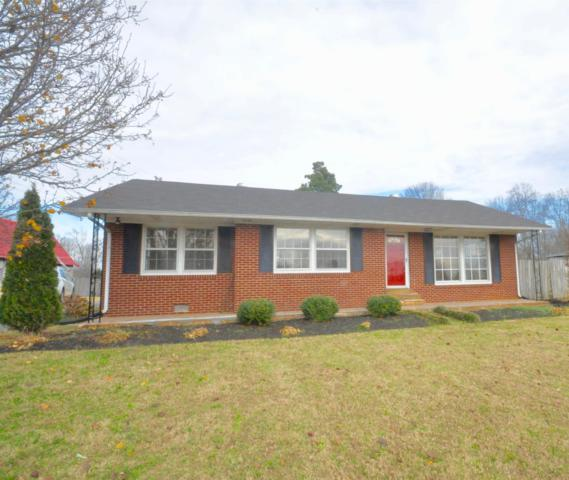 1900 W Gaines St, Lawrenceburg, TN 38464 (MLS #1885817) :: DeSelms Real Estate
