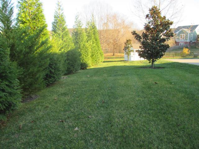 2186 Fairfax Dr, Clarksville, TN 37043 (MLS #1887409) :: DeSelms Real Estate