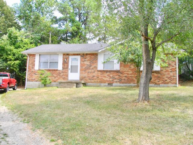 607 Lafayette Ct, Clarksville, TN 37042 (MLS #1894367) :: DeSelms Real Estate