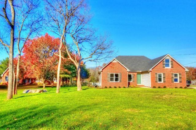 2304 Sassafras Dr, Murfreesboro, TN 37128 (MLS #1894382) :: DeSelms Real Estate