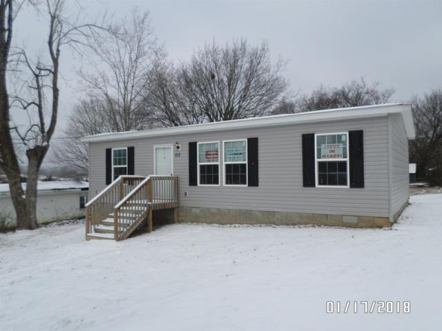 812 Silver St, Lewisburg, TN 37091 (MLS #1894525) :: Group 46:10 Middle Tennessee