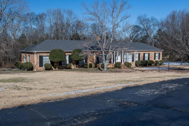 8 Old Lincoln Rd, Fayetteville, TN 37334 (MLS #1896314) :: DeSelms Real Estate