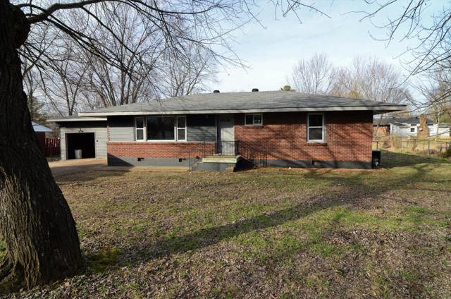 207 Park Ln, Clarksville, TN 37042 (MLS #1900656) :: CityLiving Group