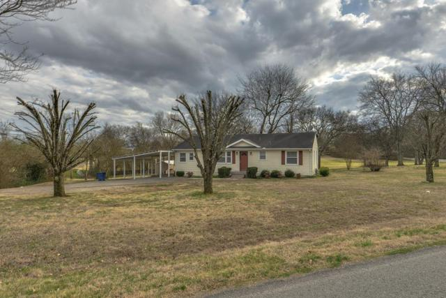 901 Meadowlark Ln, Goodlettsville, TN 37072 (MLS #1904025) :: KW Armstrong Real Estate Group