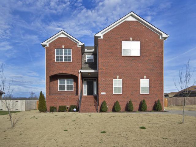 1011 Kyle Ln, Spring Hill, TN 37174 (MLS #1904115) :: DeSelms Real Estate