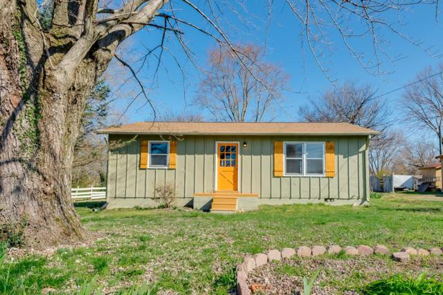 303 20Th Ave W, Springfield, TN 37172 (MLS #1911465) :: REMAX Elite