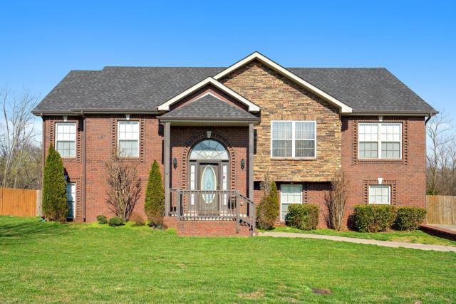 1561 Bonnie Blue Ave, Clarksville, TN 37042 (MLS #1913304) :: DeSelms Real Estate