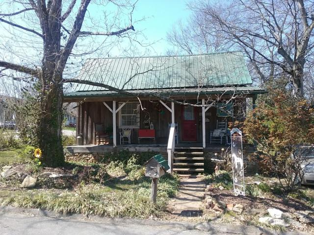 222 5Th Ave S, Lewisburg, TN 37091 (MLS #1918589) :: Nashville On The Move | Keller Williams Green Hill
