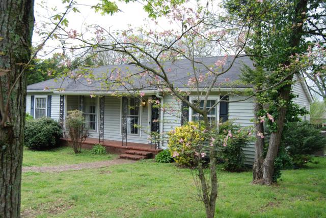 768 E Main St, Gallatin, TN 37066 (MLS #1923304) :: Oak Street Group