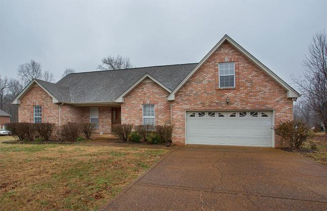 6005 Forrest Ct, Greenbrier, TN 37073 (MLS #1925554) :: CityLiving Group