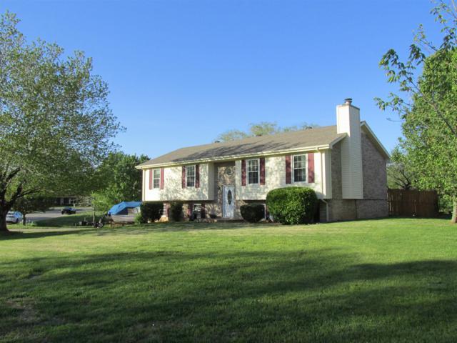 1403 Honeysuckle Ln, Clarksville, TN 37040 (MLS #1925954) :: REMAX Elite