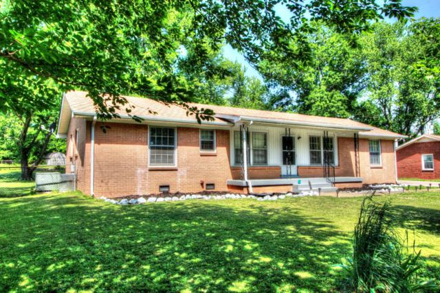 2720 Thrush Dr, Clarksville, TN 37040 (MLS #1926497) :: REMAX Elite