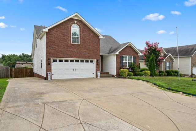 2791 Ridgepole Dr, Clarksville, TN 37040 (MLS #1930636) :: The Kelton Group