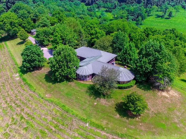 24 Round Square Ln, Fayetteville, TN 37334 (MLS #1939501) :: The Milam Group at Fridrich & Clark Realty
