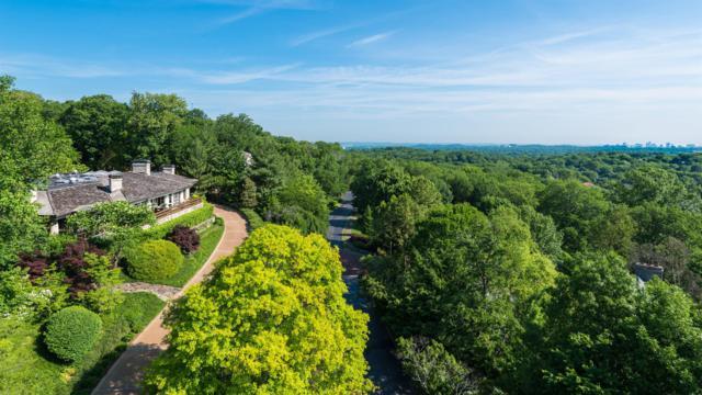 15 Inveraray, Nashville, TN 37215 (MLS #1943727) :: Ashley Claire Real Estate - Benchmark Realty