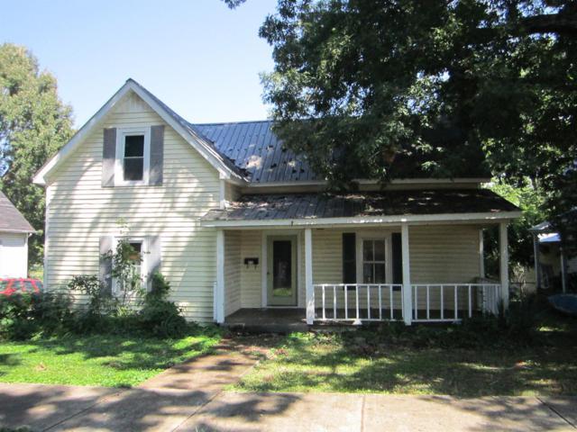 410 Nixon Ave, Lawrenceburg, TN 38464 (MLS #1948832) :: Nashville on the Move