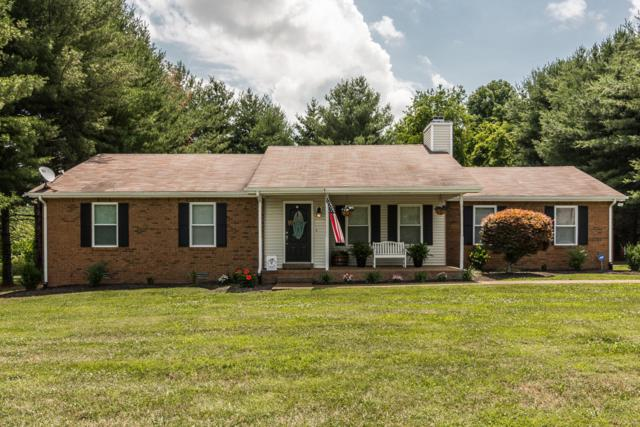 208 Lone Oak Dr, White House, TN 37188 (MLS #1951100) :: Ashley Claire Real Estate - Benchmark Realty