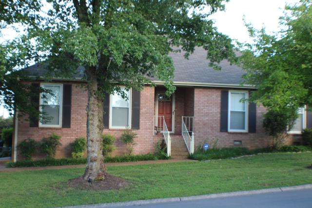 301 University Dr, Gallatin, TN 37066 (MLS #1952018) :: Berkshire Hathaway HomeServices Woodmont Realty