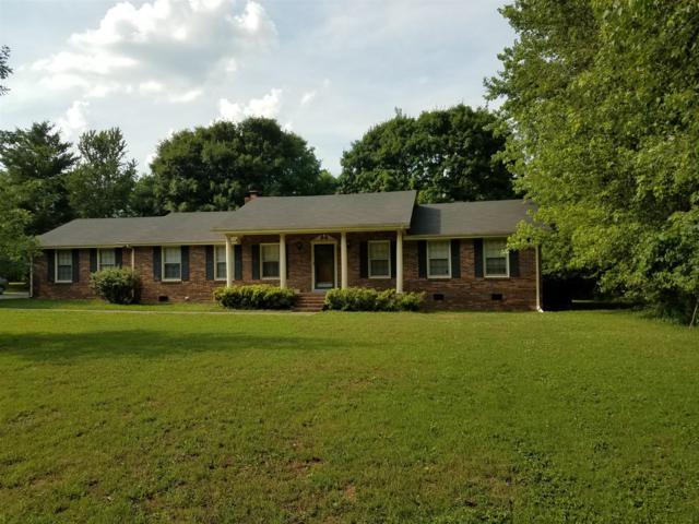 900 Cherry St, Eagleville, TN 37060 (MLS #1952753) :: DeSelms Real Estate