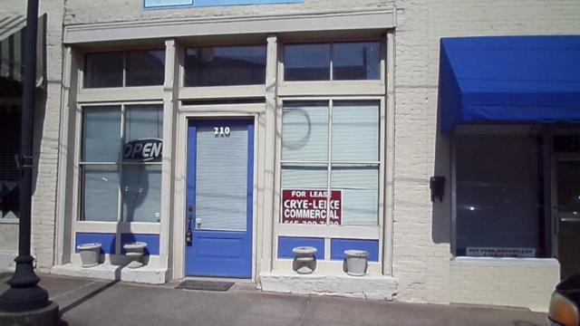 210 N 1St St, Pulaski, TN 38478 (MLS #1954558) :: Exit Realty Music City
