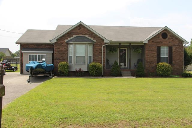 4013 Awe Inspiring Dr, Greenbrier, TN 37073 (MLS #1961834) :: Nashville on the Move