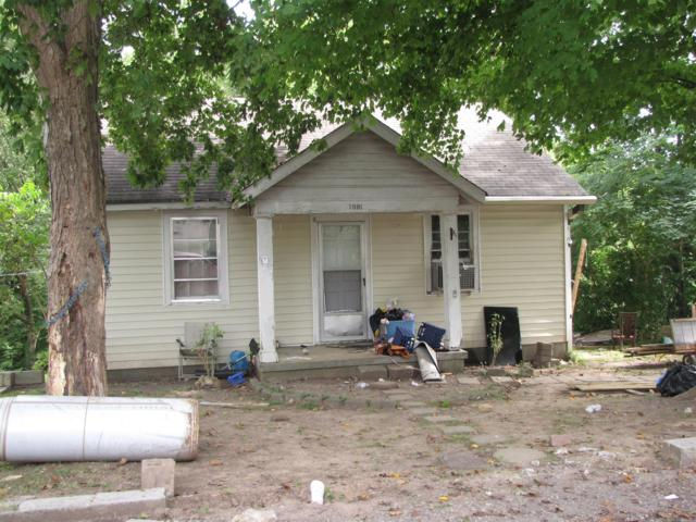 1001 Kendrick St, Clarksville, TN 37043 (MLS #1962258) :: Group 46:10 Middle Tennessee