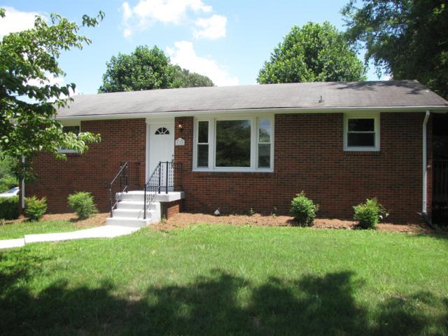 18 Fountainbleau Rd, Clarksville, TN 37040 (MLS #1965168) :: DeSelms Real Estate