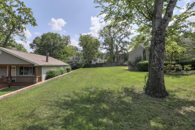 105 A Lafayette Ct, Nashville, TN 37205 (MLS #1967422) :: The Kelton Group