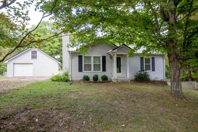 6853 Greenbrier Cemetery Rd, Greenbrier, TN 37073 (MLS #1971833) :: Nashville on the Move