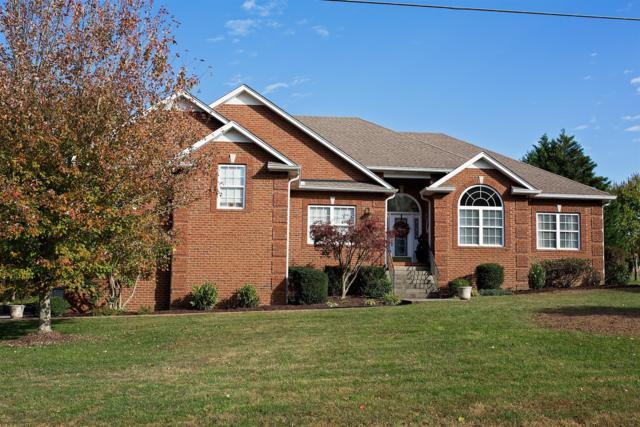 1023 Fairways Dr, Greenbrier, TN 37073 (MLS #1984906) :: John Jones Real Estate LLC