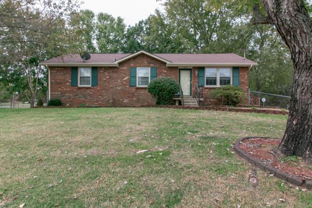 1860 Harriet Dr, Clarksville, TN 37040 (MLS #1985877) :: John Jones Real Estate LLC
